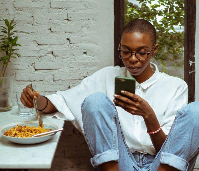 Social Media & Your MentalHealth